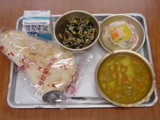 http://www.edu.city.yokohama.jp/sch/es/kirigaoka3/10_koho/kyushoku/2004/lunch/2004-09-30.jpg